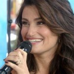 'Frozen 2' Rumor: Actress Idina Menzel Takes Back 'Frozen 2' Remark