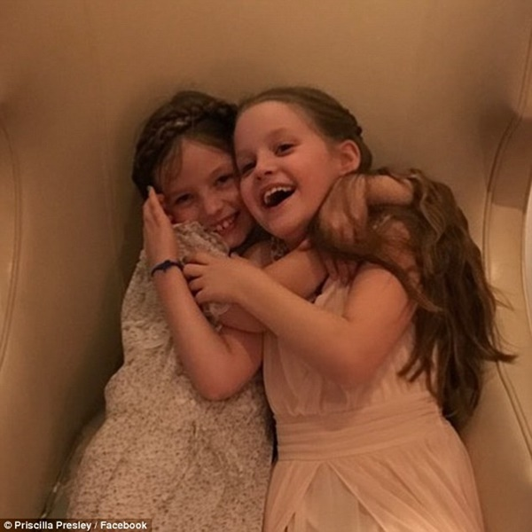 Lisa Marie Presley Twin Daughters Priscilla Presley