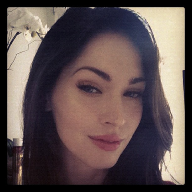 New Megan Fox Makeup Selfie Breaking News Latest