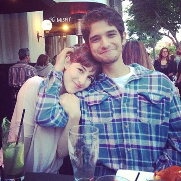 Mennyi ideig randevúz Tyler posey és Seana Gorlick