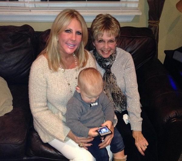 vicki gunvalson mother dies
